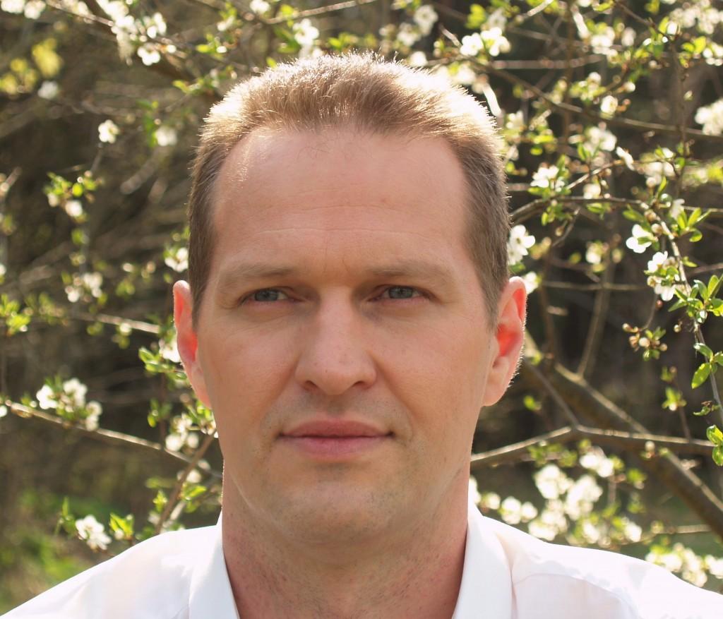 Gyditojas Eduardas Lakstauskas